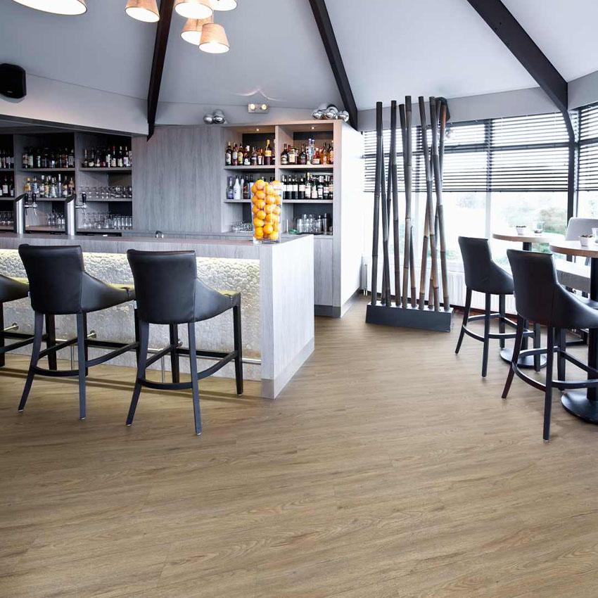 SPC flooring Dubai