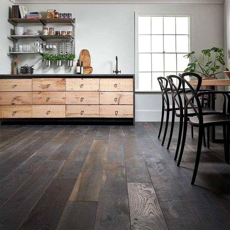 Solid Wooden Flooring In Dubai