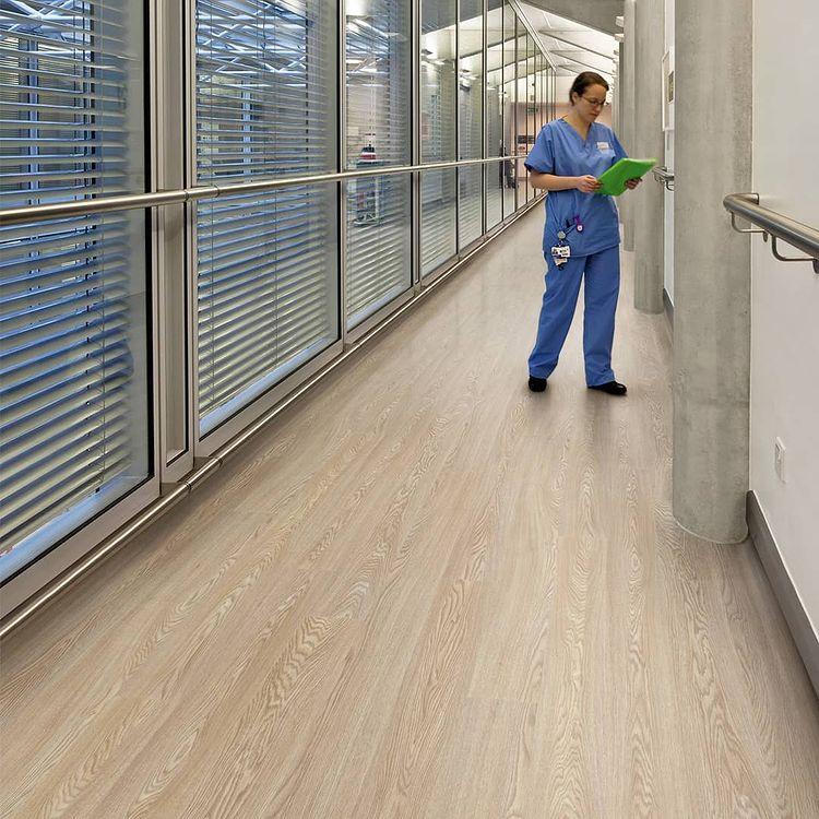 Trendy Floor Dubai designs of Hospitals, Laboratories and Clinics Vinyl Flooring 2021