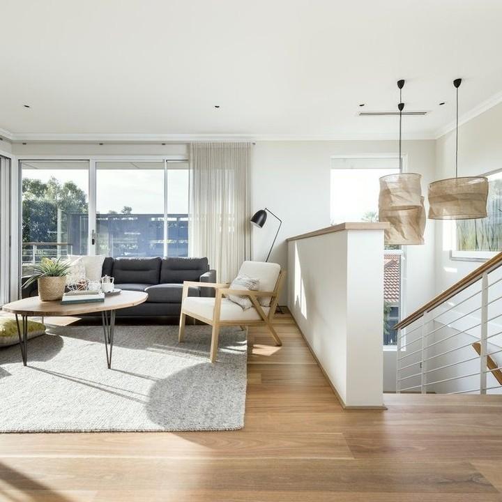 Home vinyl flooring Dubai