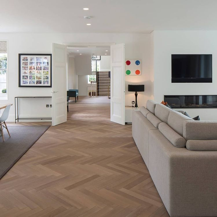 Trendy Floor Dubai designs of Plank Parquet Flooring 2021